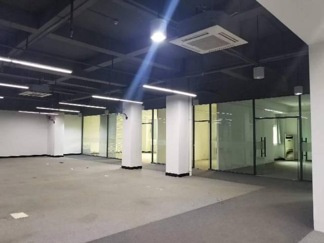 西乡黄田大门精装带家私办公室145平特价38元出租