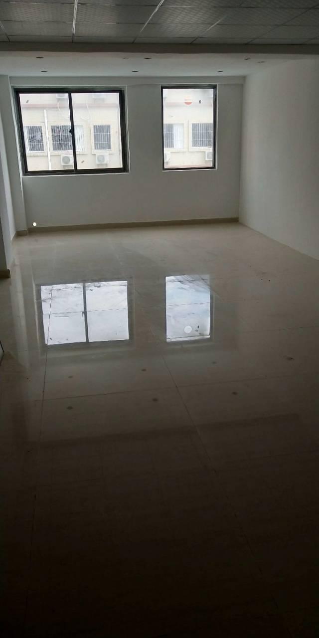 沙井地铁口新出办公室,大小面积均有,物业直租