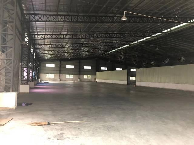 樟木头镇金河社区新出580仓库钢构,可进大车。