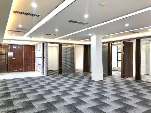 黄埔金融城羊城创意产业园旁精装写字楼招租,大小可分