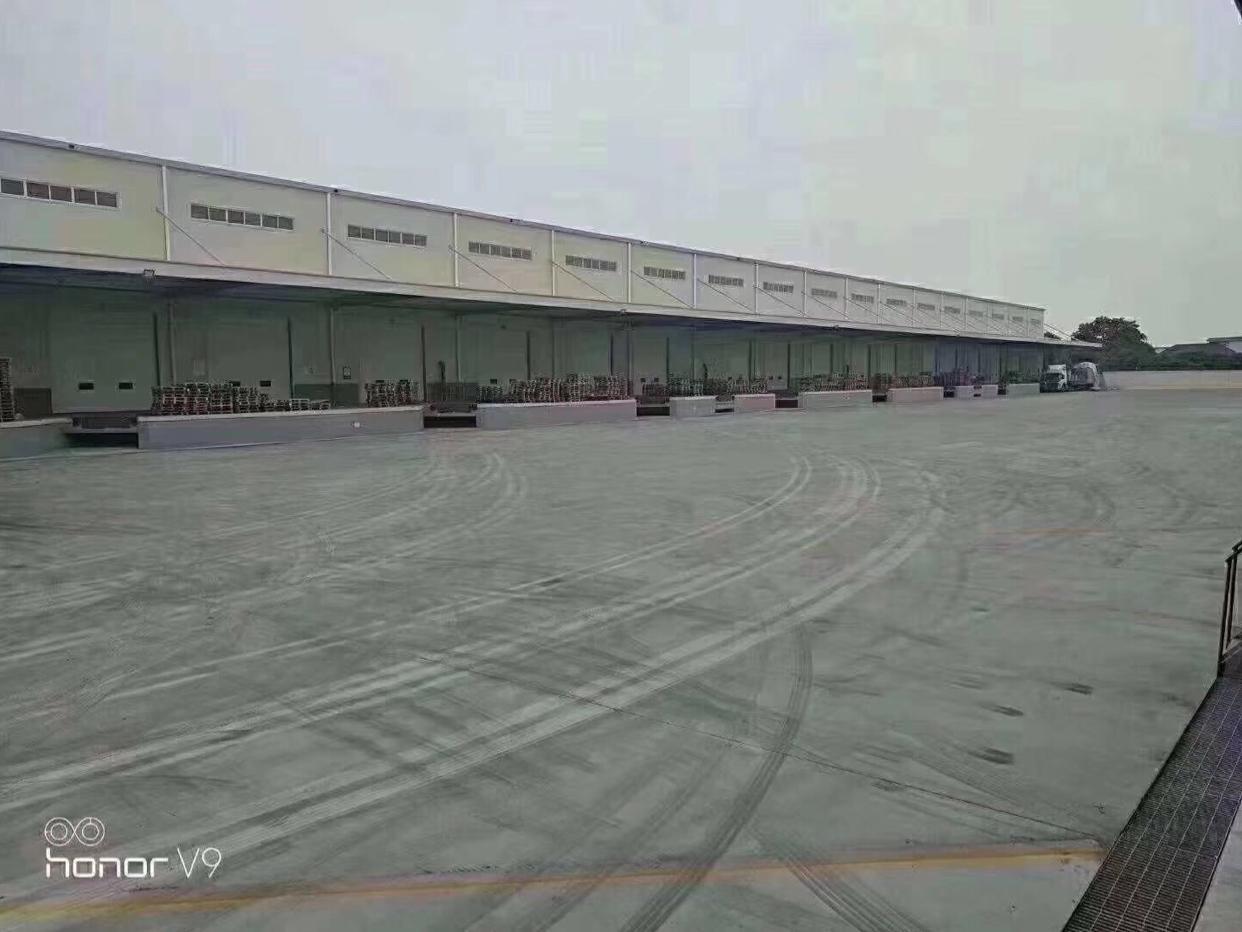 平湖清平高速出口新出原房东标准物流仓库60000平,空地大