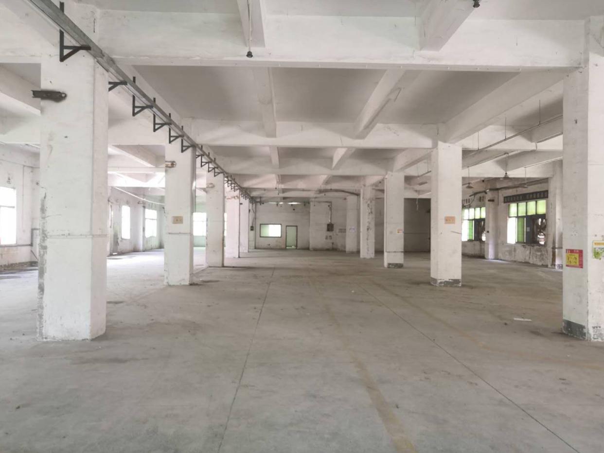 龙华浪口工业区新出一楼1600平