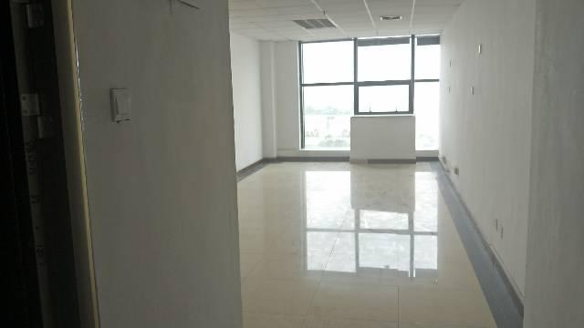 精装小户型办公室45平方起租,采光好,使用率高