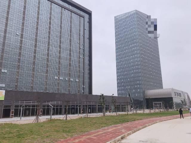 坪山坑梓东部公交总部全新综合写字楼出租