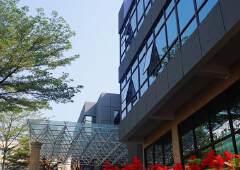 福永地铁旁可整层出租精装修写字楼,大小可分,采光好