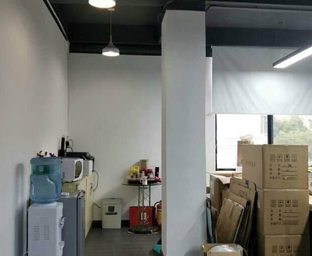 广州市天河区员村精装修带家私办公室图片7