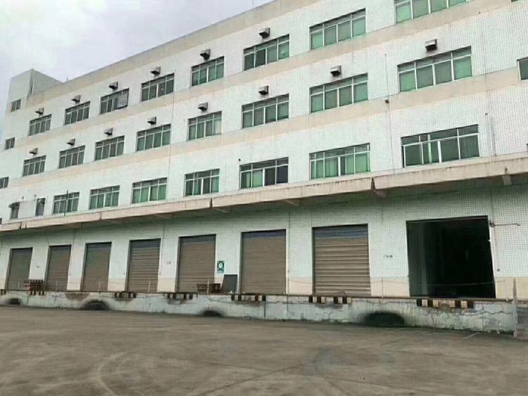 横沥镇9700平方永久性厂房出售。占地面积:3800平方