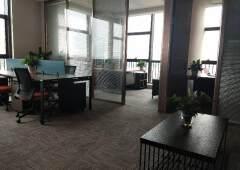 永湖地铁口豪华装修配套齐全400平写字楼出租