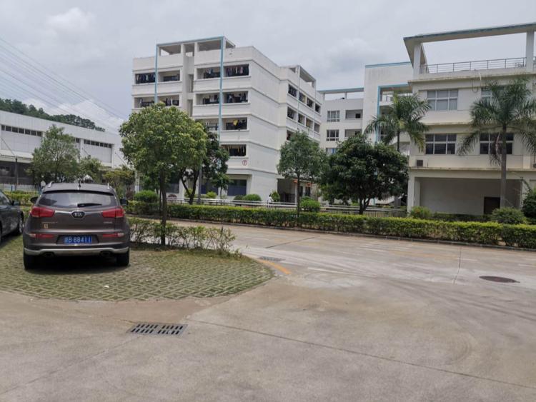 光明新区原房东花园式红本独栋8000平米出租