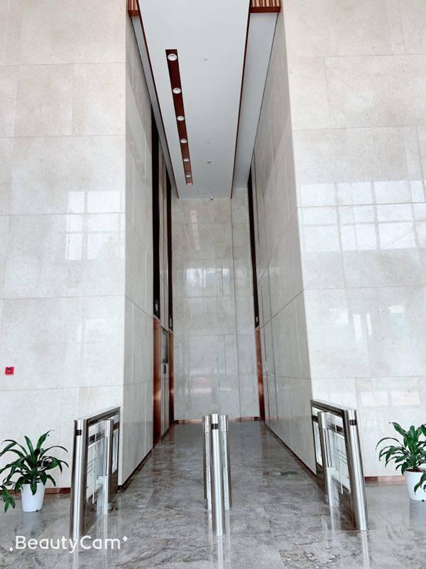 横岗荷坳楼上精装修办公楼200平待出租