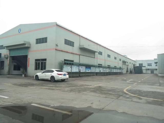 砖墙到顶。单层厂房出租。