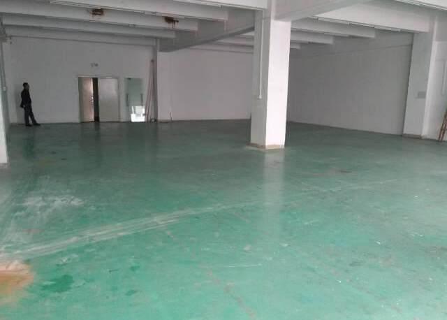 福永塘尾新出楼上335平米招租,可以做五金,仓库,