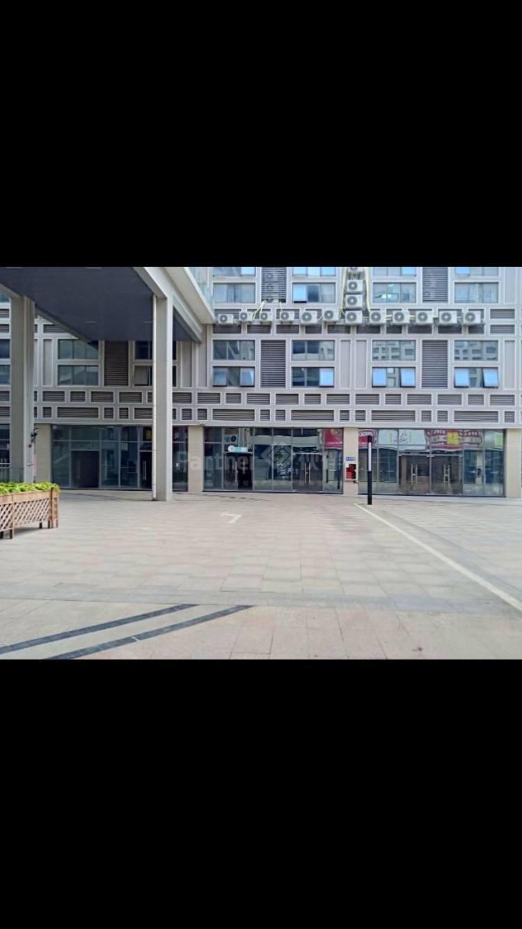 龙岗区平湖街道广弘中心商业中心整层4300平出租