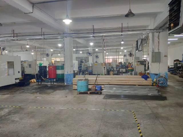 东莞清溪新出标准厂房一楼1200平米