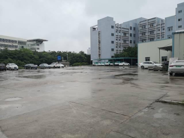 龙岗同乐高速出口新出楼上500平报价15元适合办公仓库