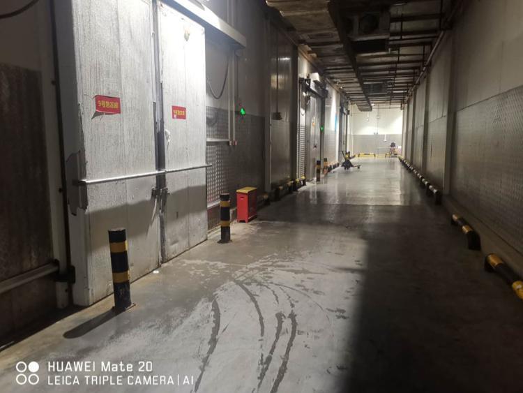 独门独院单一层钢结构冷冻保鲜高台物流仓库交通便利