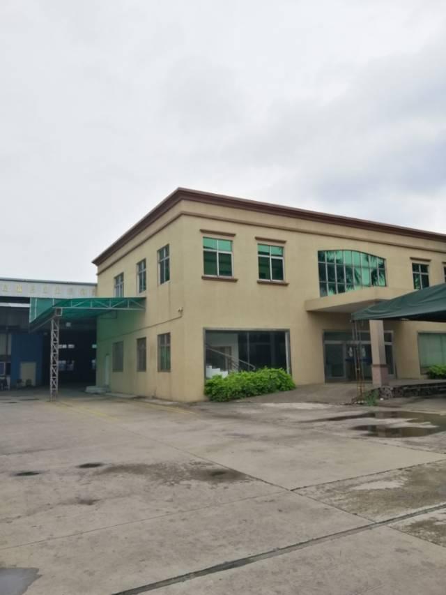 独门独院单一层厂房,带独立办公楼,空地超大,交通便利可做各种