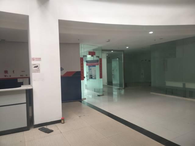 广州天河广汕二路园区办公室200平起租