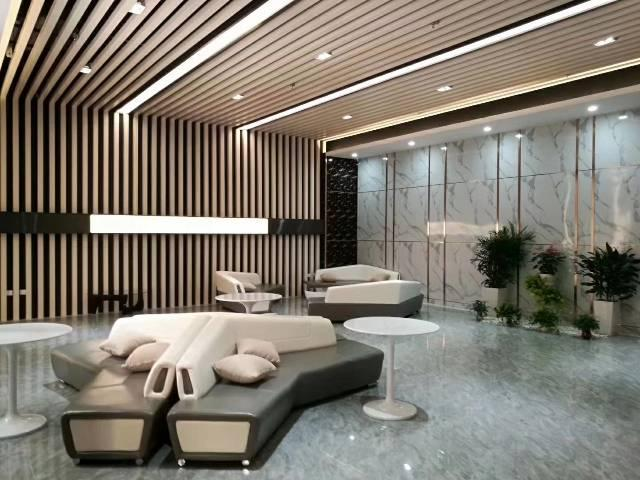 广州黄埔鱼珠地铁口零距离精装带家私写字楼拎包入住最小115平