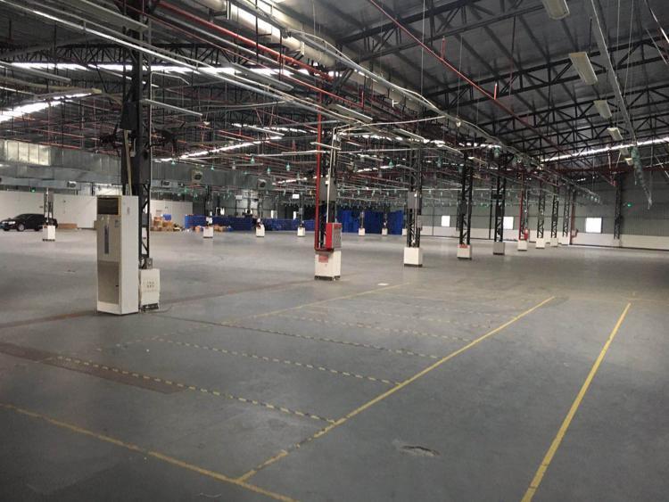 钢结构厂房10000平米,可做仓库