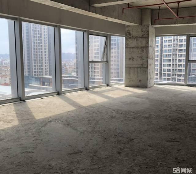 横岗地铁口精装修办公楼210平