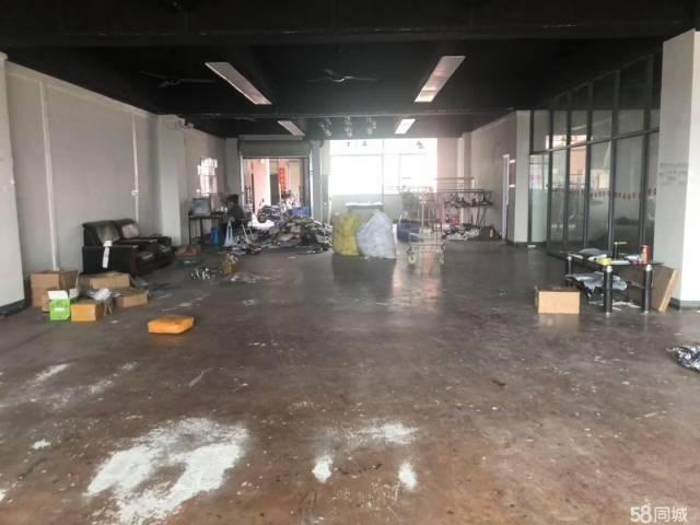 龙洞地铁站一楼2000独门独院厂房.适合做仓库,电商贸易