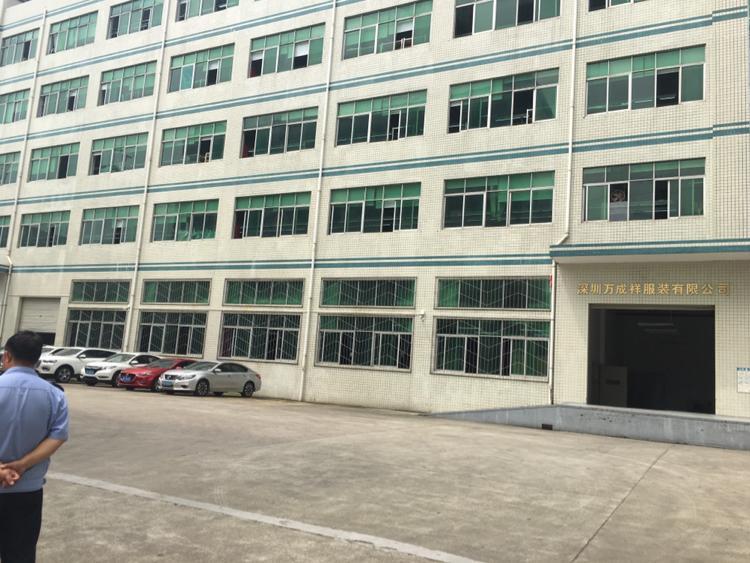 龙岗区平湖街道富民工业区新出一楼1600平出租