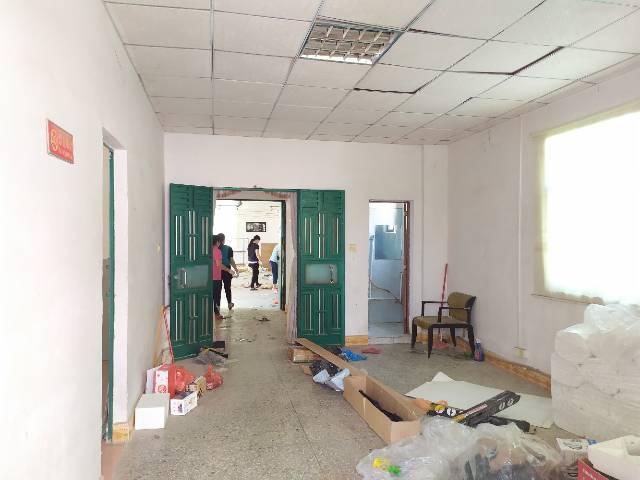 惠阳新圩工业园区标准厂房一楼2100平出租滴水6.5米