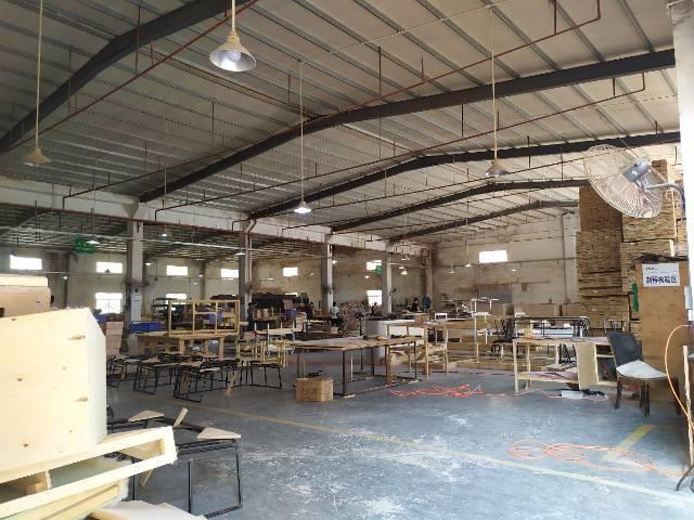 惠州惠阳淡水滴水7米高钢构厂房2100平出租有红本可办理证件