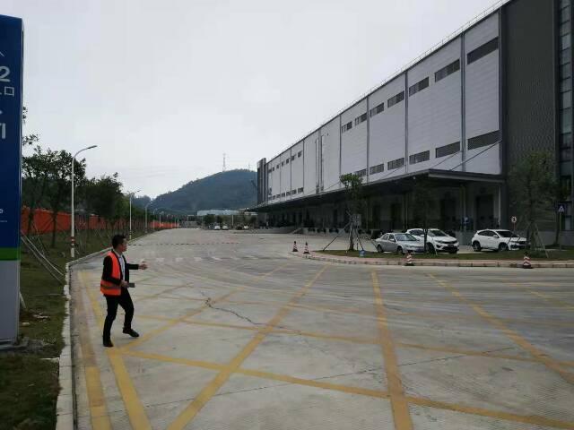 清溪物流仓库出租24000平方16个卸货平台没层高10米
