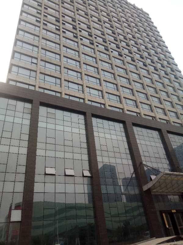 深圳松岗酒店转让[色][色] 共有140间房(含一间办公室)