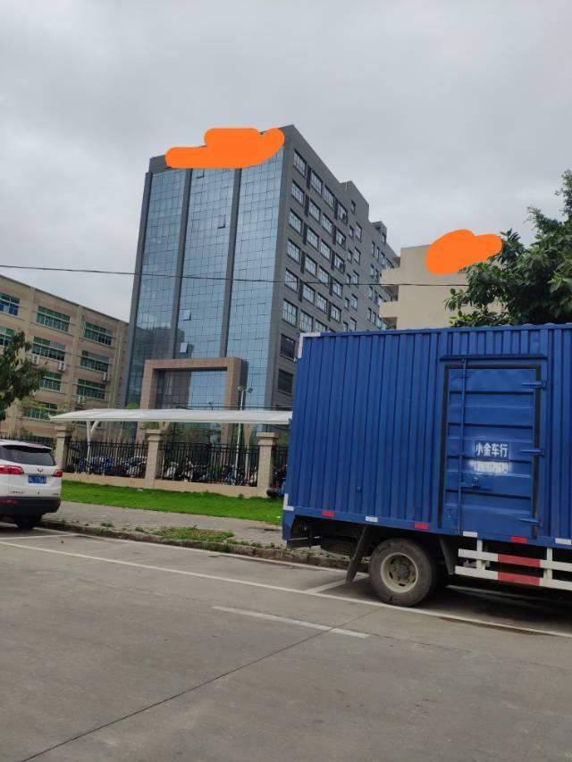 惠州仲恺高新区新出写字楼带装修办公室可分租1880平方米,招