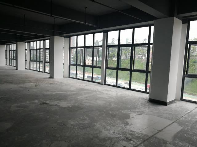 坂田吉华路原房东红本租写字楼送400平天台