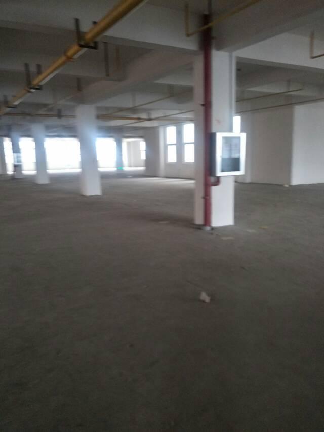 出租黄陂前川13500平整栋厂房