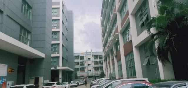 龙华新区大浪新百丽原房东精装厂房1080平,洁净室,精装出租
