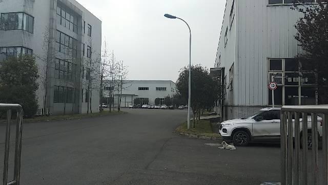 天府新区青龙场15000方厂房出售,50年双证齐全