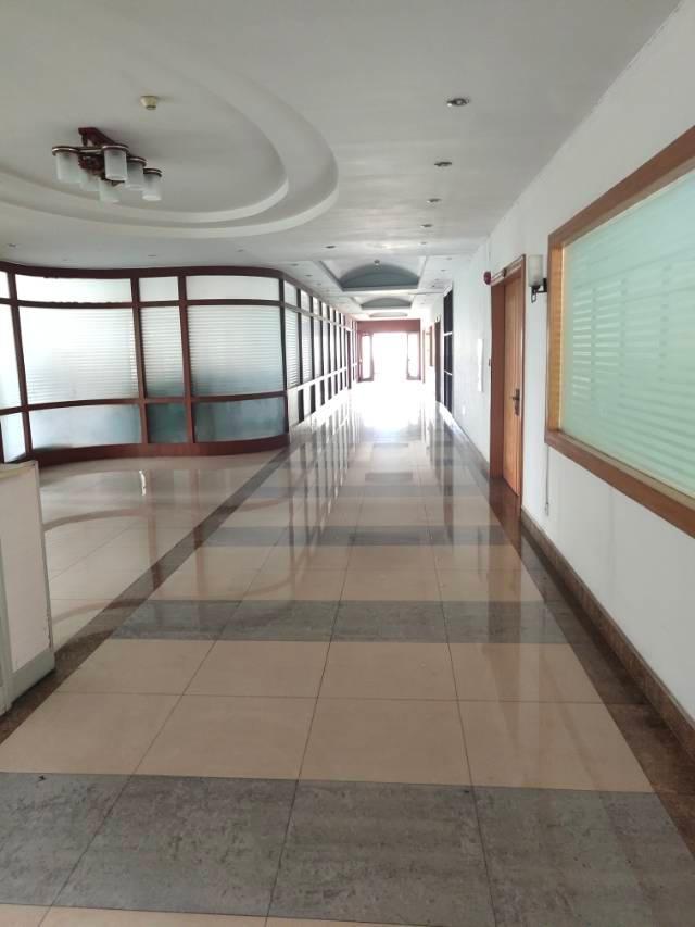 黄埔开发东区1500平方精装修办公楼招租