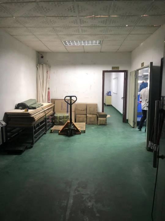 深圳新出二楼小面积厂房,带装修,拎包入住,无转让费-图2