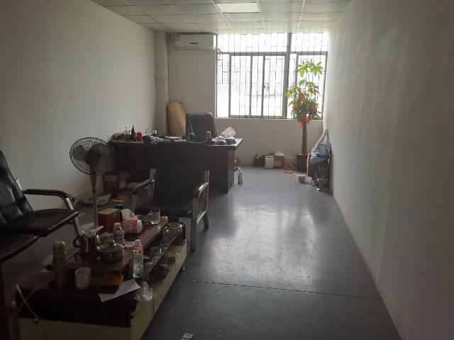 惠州大亚湾龙光城附近工业园原房东出租400平米