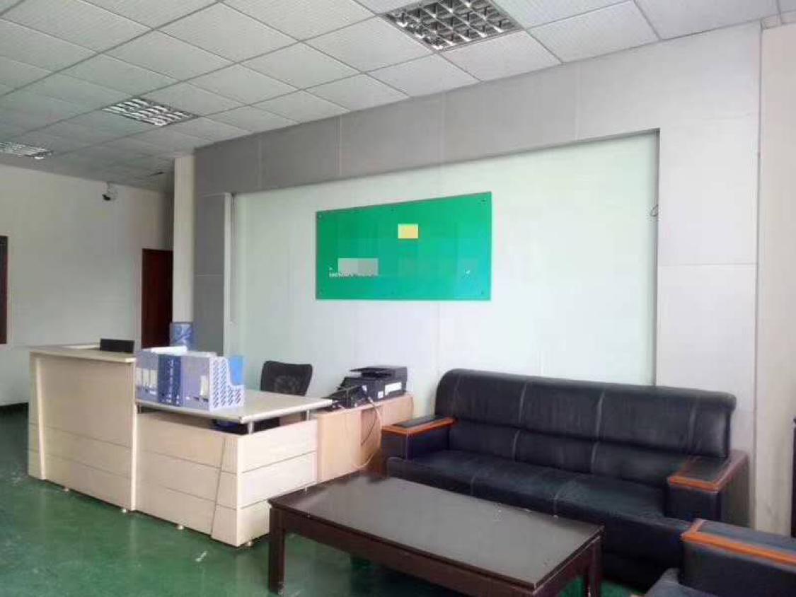 西乡黄麻布工业区新出整层860平方带豪华装修厂房,(租金23