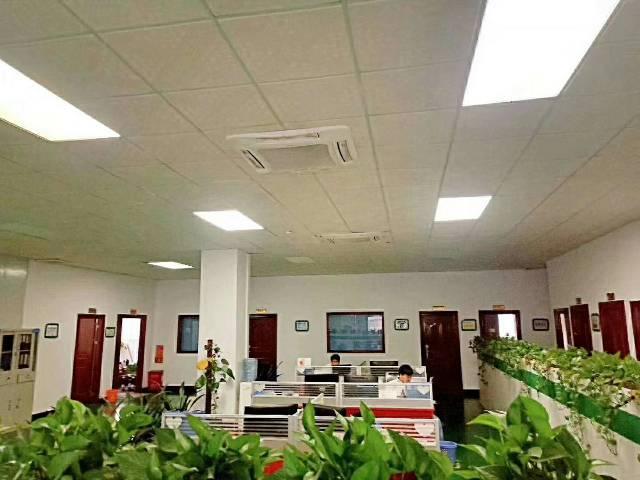 番禺市桥地铁站附近24000平精装修写字楼原房东直租大小可分