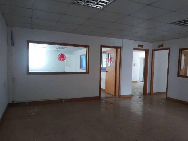 沙井后亭第二工业区楼上带装修270㎡可办公可生产