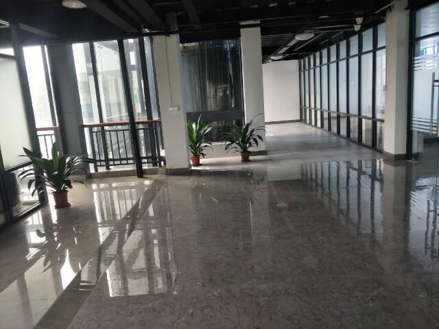 天河区智慧城小新塘高速路口创意园办公室360平方