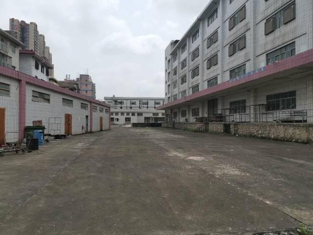 平湖独院厂房1-5层12000平米出租可分租有平台