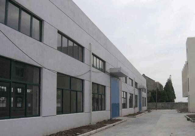 占地3760㎡建筑6300㎡村委合同土地及厂房出售 .