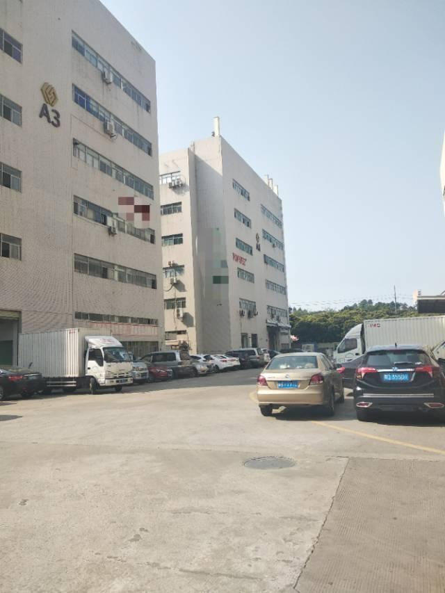 西乡黄田大型工业园楼上1311平方厂房出租