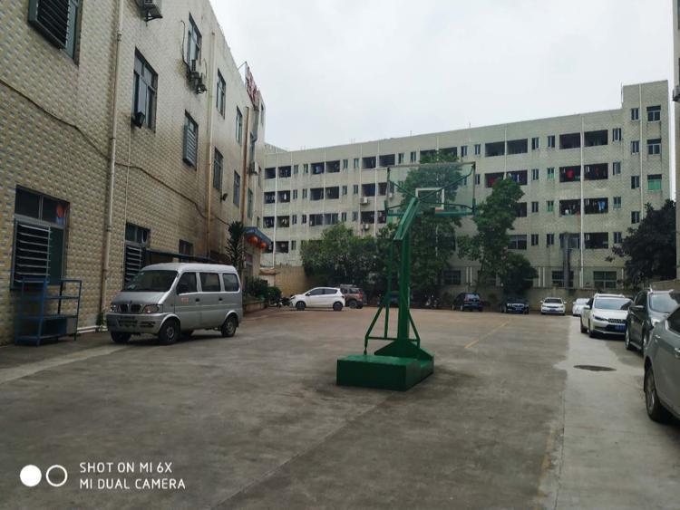 松岗东方大道附近厂房200到2000平方,一二楼大小分租