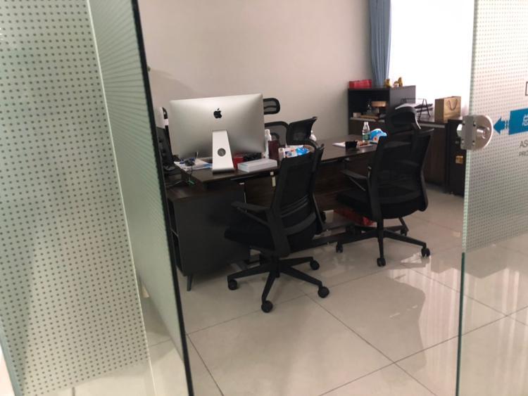 黄埔鱼珠地铁口电商园新空173平办公室