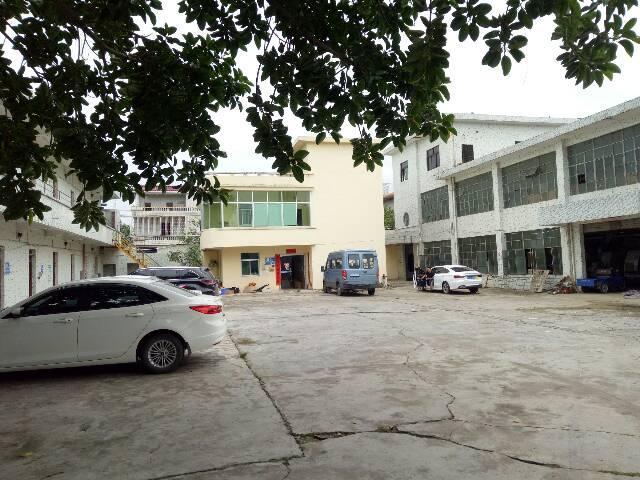 坑梓金沙市场附近二楼厂房1200平方出租有装修