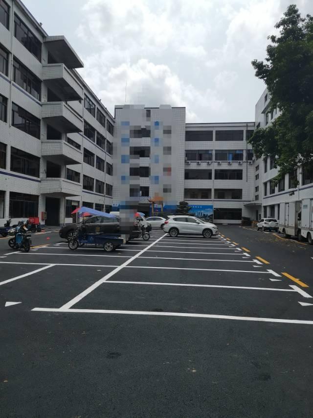 盐田东海道主干道旁新出楼上500平带精装修厂房